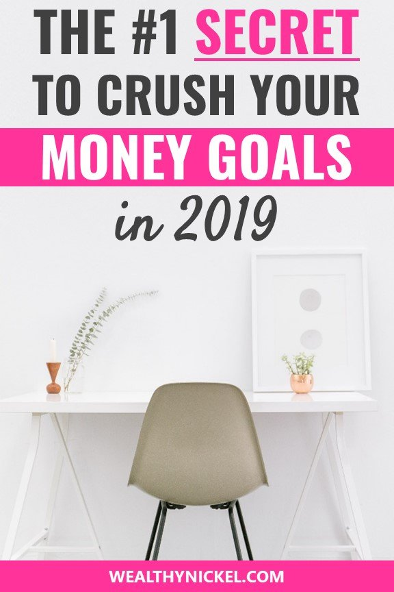 Did you know there's one simple thing you can do to increase your chances of achieving your money goal by 42%? Find out how, and get over 100 personal finance and money goal ideas from other financial pros to increase your wealth in 2019! #moneygoals #goalsetting #moneytips #personalfinance #resolutions